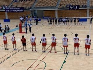 今日は全日本バレーボール選手権大会です。一回戦七尾高校に残念ながら0ー2で負けました。